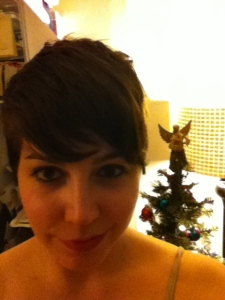 Also, that pixie cut.